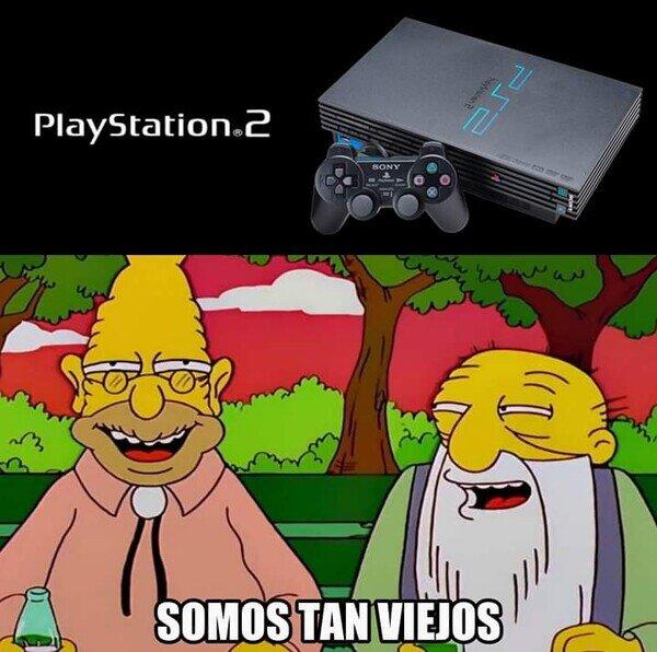Meme_otros - Cuando recuerdas que la PS2 fue lanzada hace 20 años