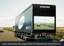 Enlace a Los sofisticados camiones de transporte de Samsung