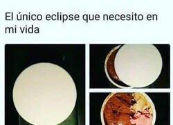 Enlace a ¡Bendito eclipse!