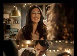 Enlace a Pueden sonreír y mostrar más los dientes los del anuncio de Ferrero Rocher...