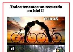 Enlace a Todos tenemos un recuerdo en bici