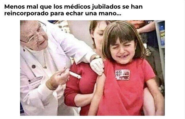 Meme_otros - Los médicos jubilados ya ejercen