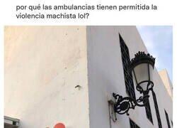 Enlace a Las ambulancias pueden hacer lo que les plazca