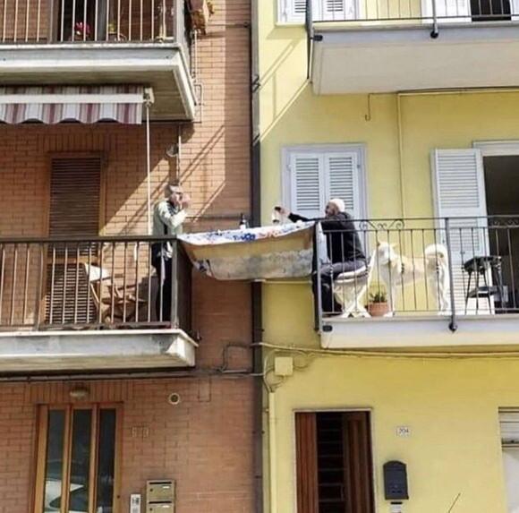 10545 - Tomando algo con el vecino
