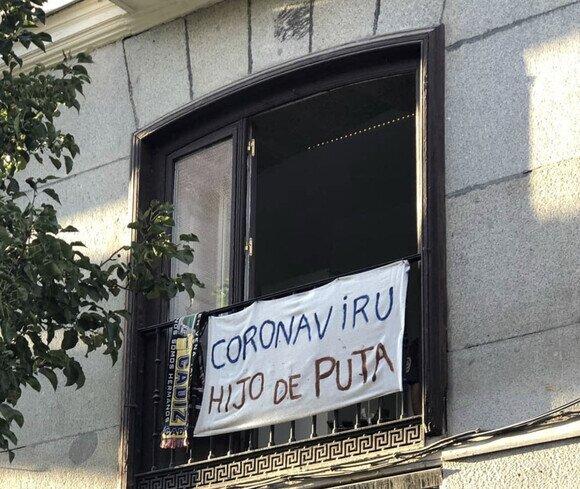 19431 - Expresándose con pancartas de balcón
