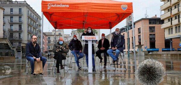 22264 - Ciudadanos. Petándolo en las catalanas.
