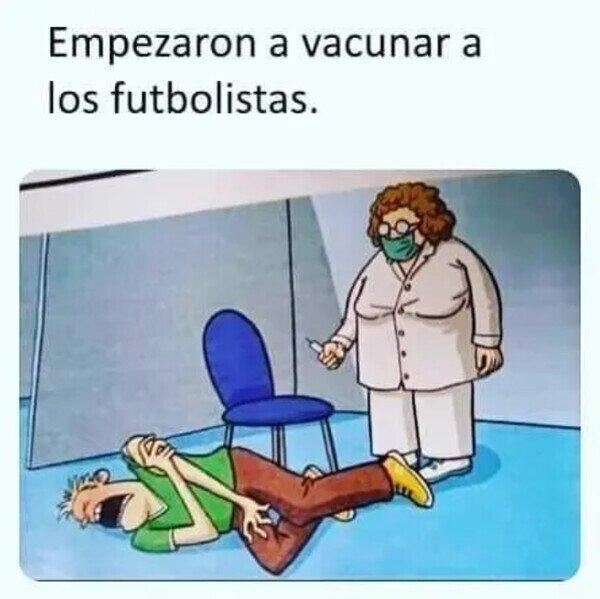 22711 - Vacunando a futbolistas
