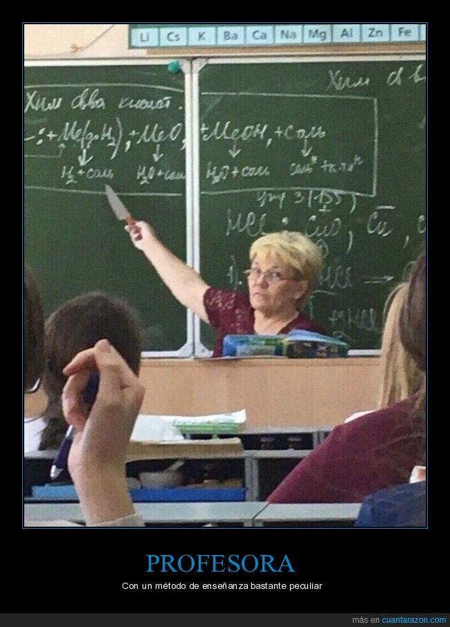 cuchillo,profesora,wtf