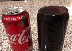Enlace a Cuando pelas una lata de Cocacola