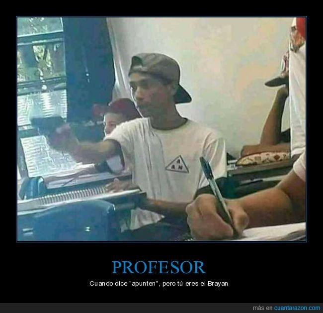 apuntar,brayan,pistola,profesor