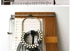 Enlace a Esta es una máquina de escribir música de los años 50