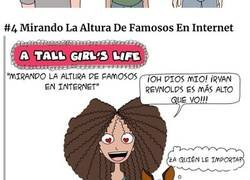 Enlace a Cómics sobre las dificultades de ser una chica alta