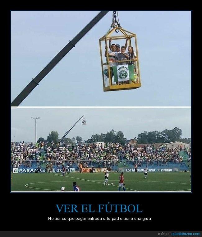 fútbol,grúa,partido