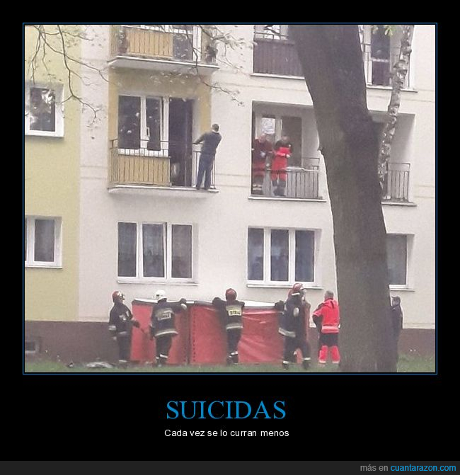 altura,balcón,bomberos,suicida