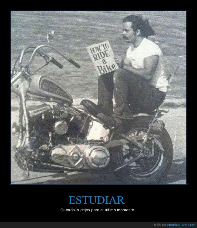 cómo montar en moto,leyendo,libro,moto