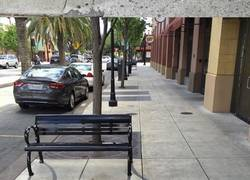 Enlace a Artista callejero pinta sombras falsas para confundir a la gente