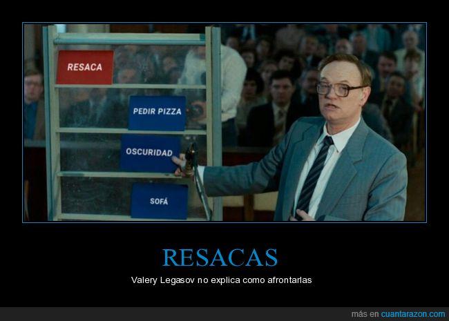 chernobyl,oscuridad,pizza,resaca,sofá