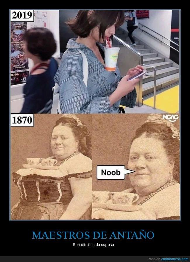1870,2019,bebida,sostener,tetas