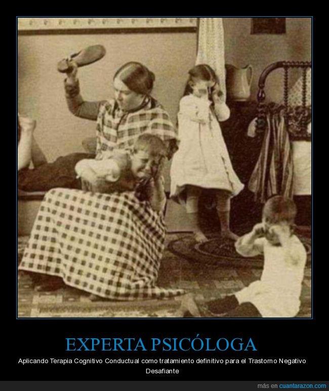 azotes,chancla,hijos,madre,psicóloga,retro,terapia