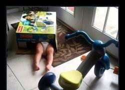 Enlace a Prefiere la caja al juguete