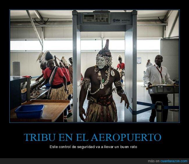 aeropuerto,control de seguridad,tribu