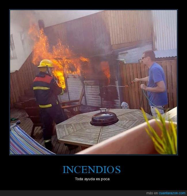 ayudando,bombero,incendio,manguera