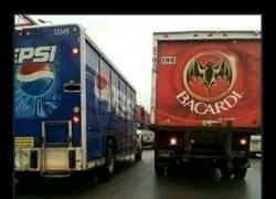 Enlace a Solo un camión más...