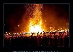 Enlace a Up Helly Aa, un festival vikingo épico en el norte de Escocia