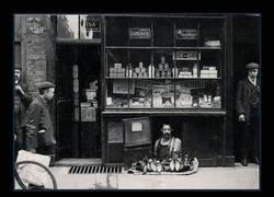 Enlace a Zapatero a pie de calle