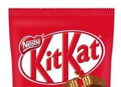 Enlace a KitKat Japón cambia los envoltorios de plástico por otros de papel con los que hacer origami