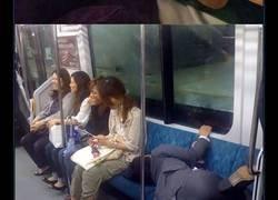 Enlace a Personas encontradas durmiendo en las peores posiciones y lugares posibles