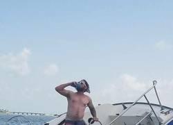 Enlace a El capitán se hunde con el barco
