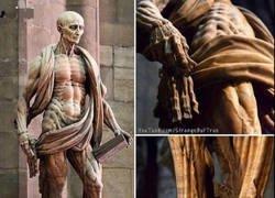 Enlace a Estatua de un mártir