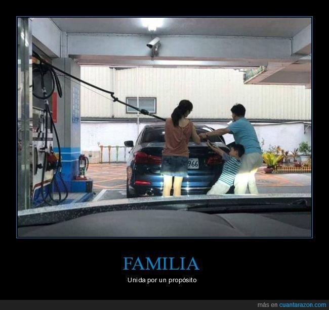 coche,fails,familia,gasolinera