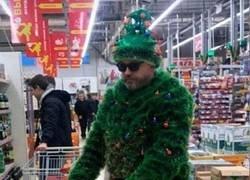 Enlace a Christmas Man