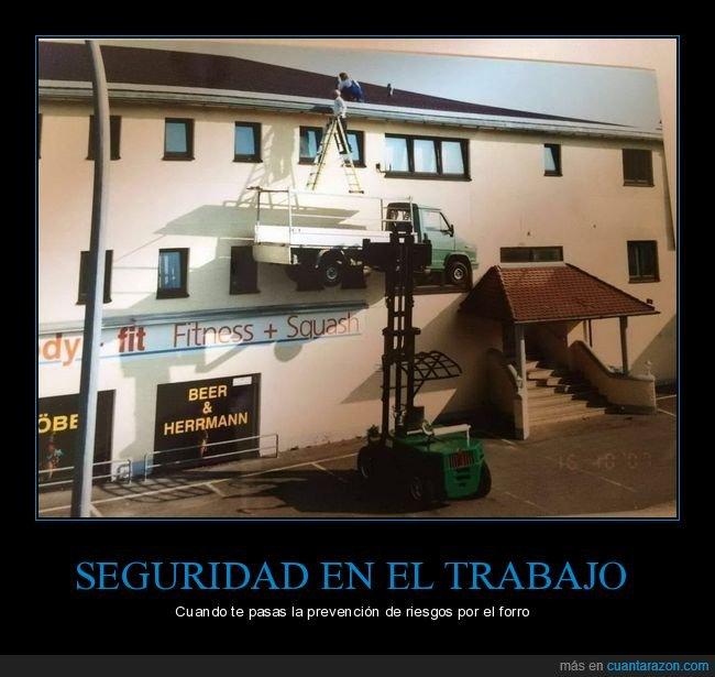 camioneta,elevador,escaleras