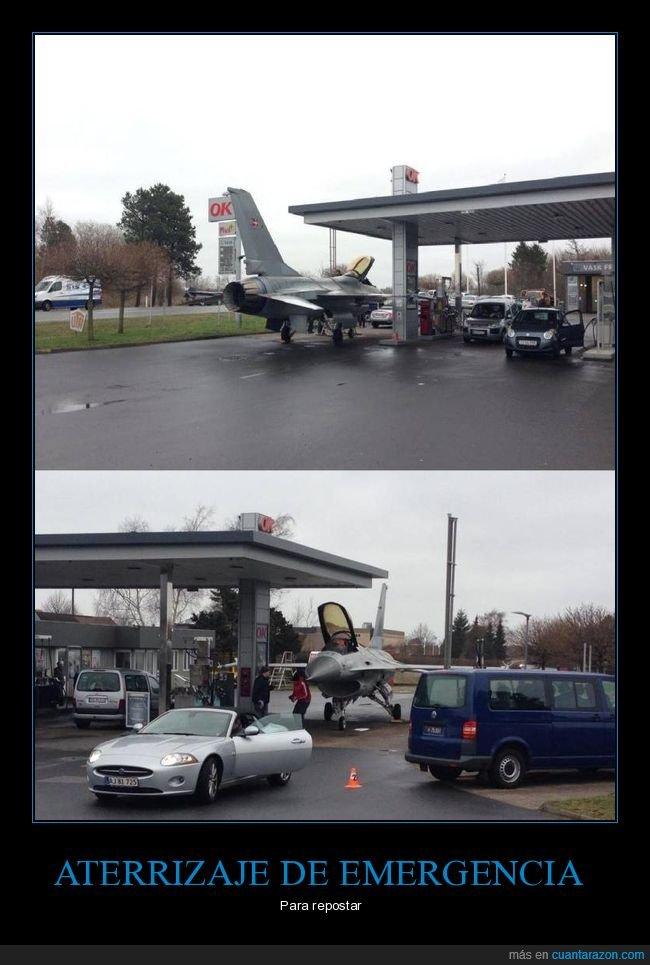 avión,gasolinera,wtf