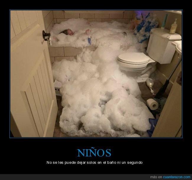bañera,fails,jabón,niña
