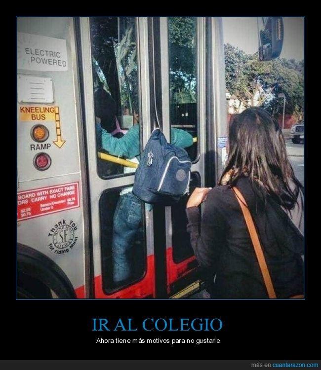 autobús,fails,mochila,niño,puerta