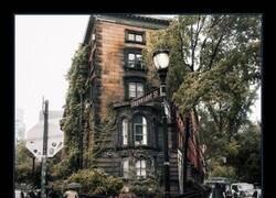 Enlace a Stuyvesant Street, una de las calles más antiguas de Manhattan