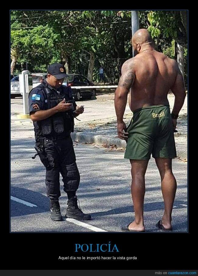 gigante,policía,wtf