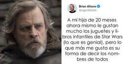 Enlace a Este padre compartió cómo llama su hija de año y medio a los personajes de Star Wars, y a Mark Hamill le encanta