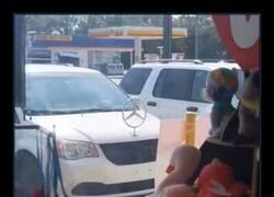 Enlace a Ni siquiera es un Mercedes...