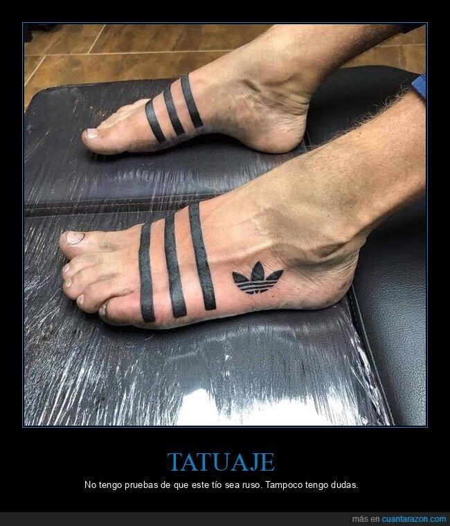adidas,chanclas,pies,rusos,tatuaje