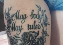 Enlace a Cuando tu tatuador no sabe inglés