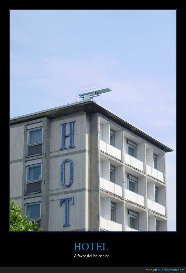 azotea,hotel,trampolín,wtf