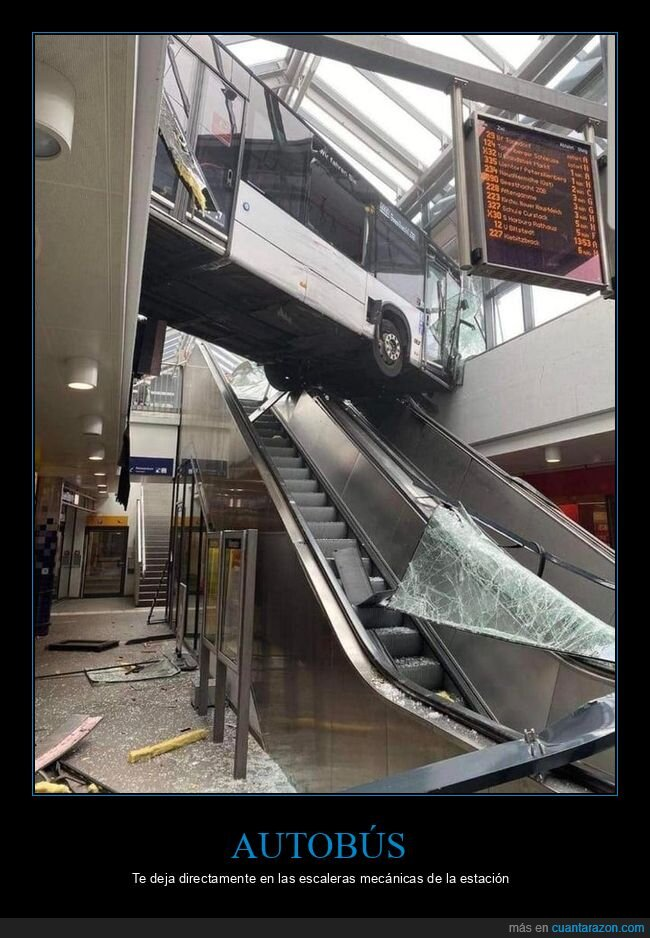 accidente,autobús,escaleras mecánicas,fails