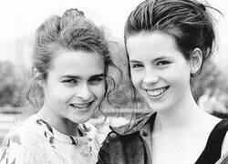 Enlace a Dos futuras actrices de éxito