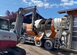 Enlace a Se echó a perder el cemento... y el camión