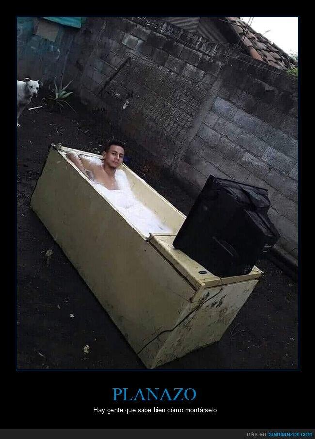 bañera,patio,televisión
